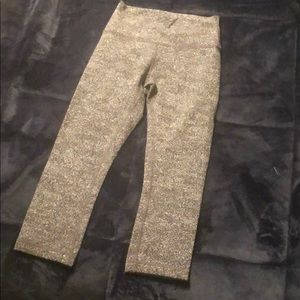 Lululemon high rise winder unders size 6 NWOT
